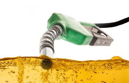 Отложиха закона за търговците на горива